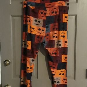 LuLaRoe Jack Skeleton legging